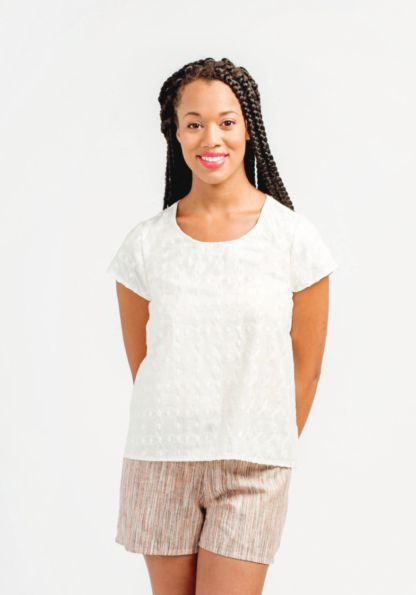 Women wearing the Scout Tee sewing pattern by Grainline Studio. A T-Shirt pattern made in cotton, silk, crepe, or charmeuse fabric featuring a round neck and capped sleeves.
