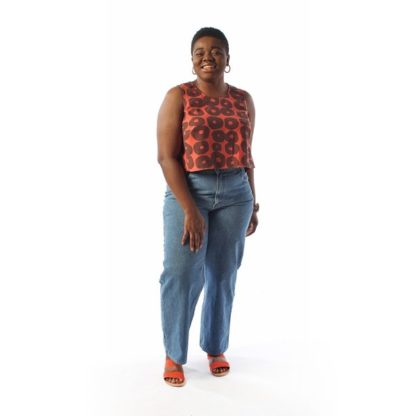 Woman wearing the Ashton Top sewing pattern by Helens Closet. A sleeveless top pattern made in cotton, linen, silk or tencel fabric featuring an A-line shape, bust darts and round neck.