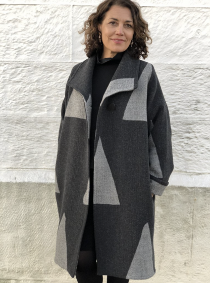 Buy the Soho Coat sewing pattern from Tessuti Fabrics on The Fold Line.